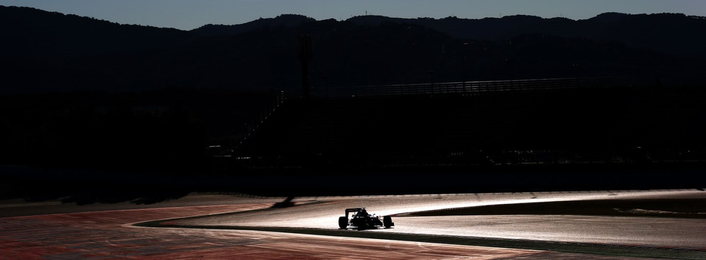 MONTMELO, SPAIN - FEBRUARY 22: Carlos Sainz Jr of Spain and Scuderia Toro Rosso drives during day four of Formula One Winter Testing at Circuit de Catalunya on February 22, 2015 in Montmelo, Spain. (Photo by Mark Thompson/Getty Images) *** Local Caption *** Carlos Sainz Jr