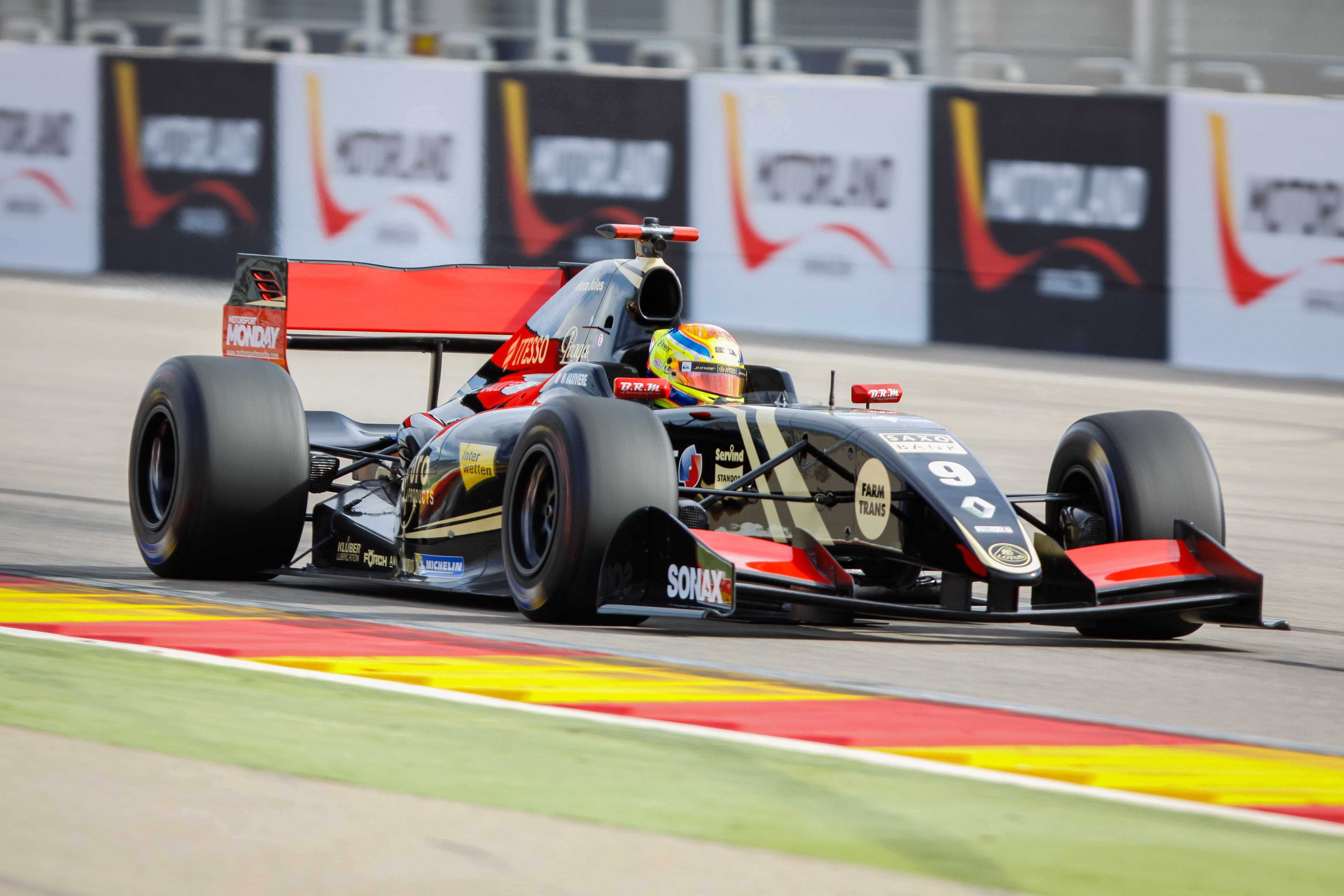 Matthieu Vaxiviere FR3.5 Aragon Test