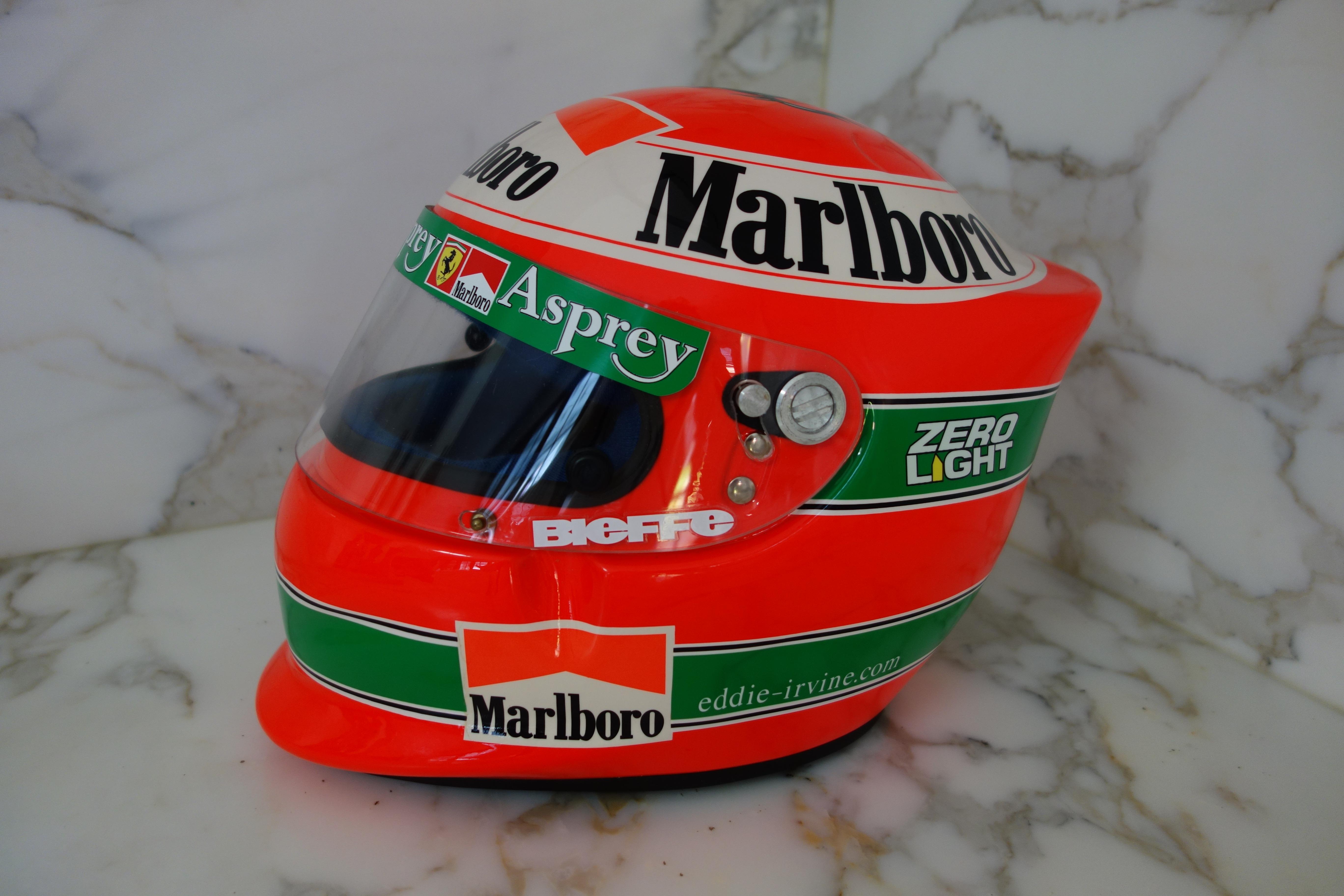 Eddie Irvine Casco 1997