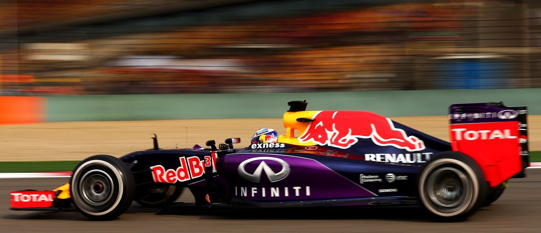 motor-red-bull-renault-toro-rosso-f1-2015