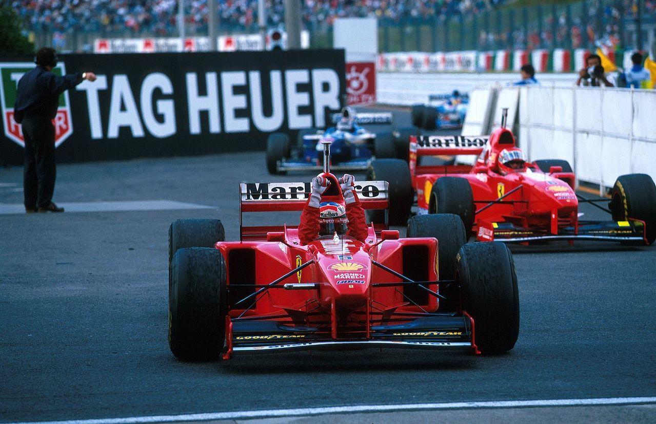 Michael Schumacher y Eddie Irvine, Suzuka 1997