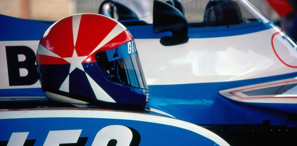 Eddie Cheever Casco