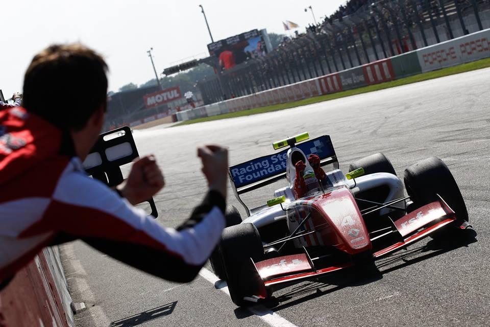 Oliver Rowland FR3.5 Le Mans 2015