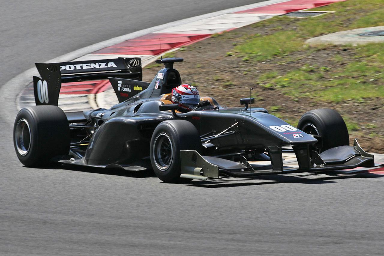 Super Formula Test Neumáticos 2015
