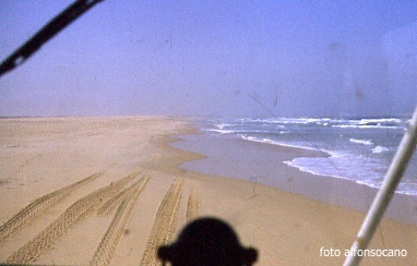 1986 Playa de Dakar