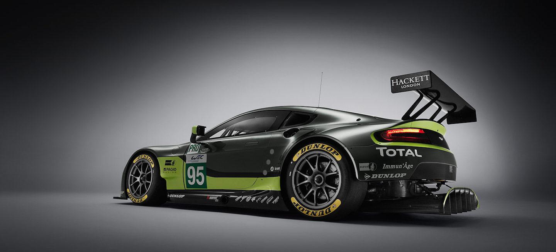 AM Vantage GTE 2016 detrás