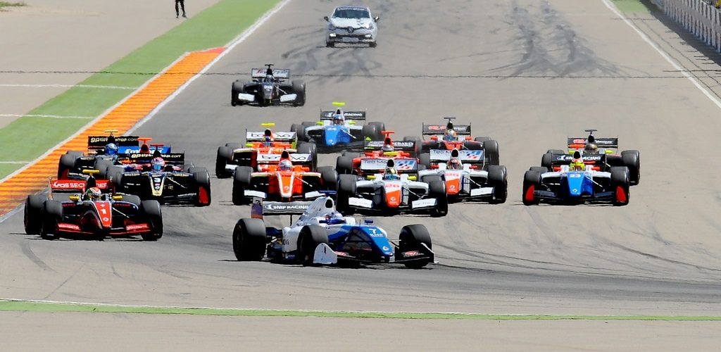 Salida Fórmula V8 3.5 Aragon 2016
