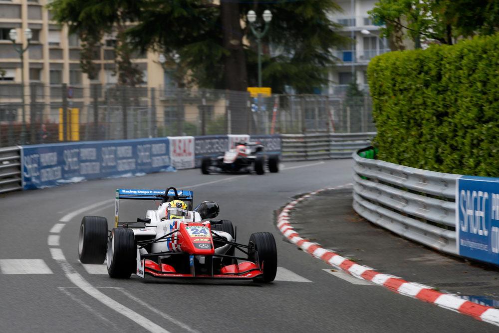 Ben Barnicoat Pau 2016 F3