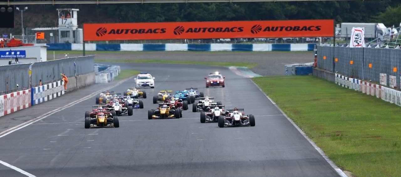 Salida F3 Japón Okayama 2016