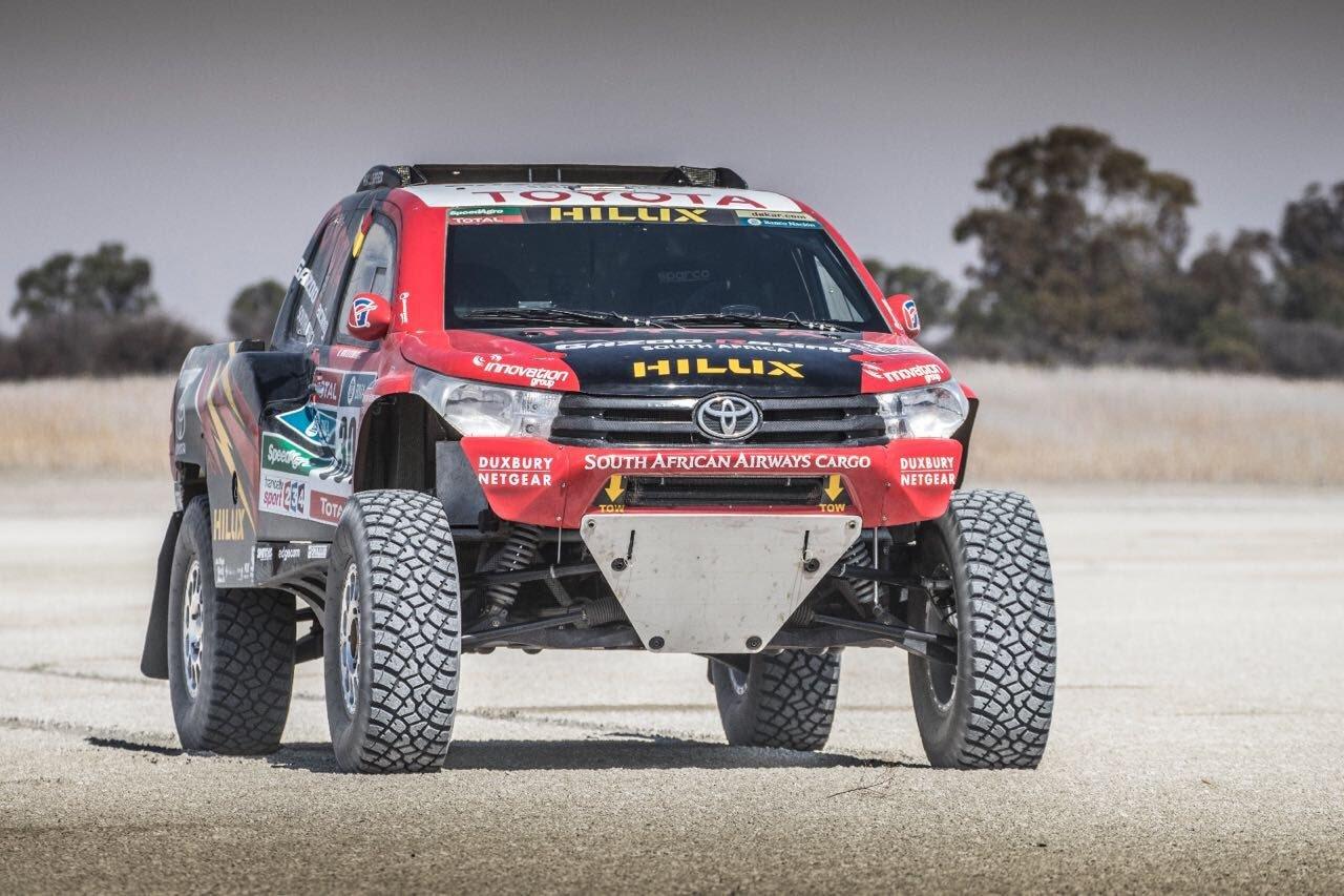 Toyota Retrasa La Introduccion De Su Buggy Y Llevara La Hilux 4x4 Al Dakar Competicion