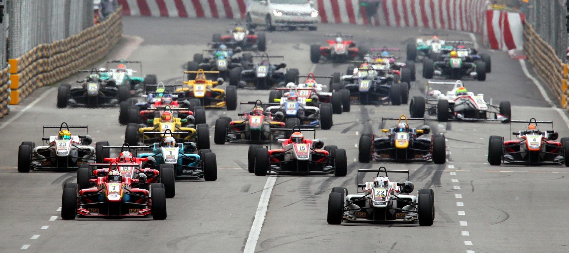 GP Macao Salida F3 2013