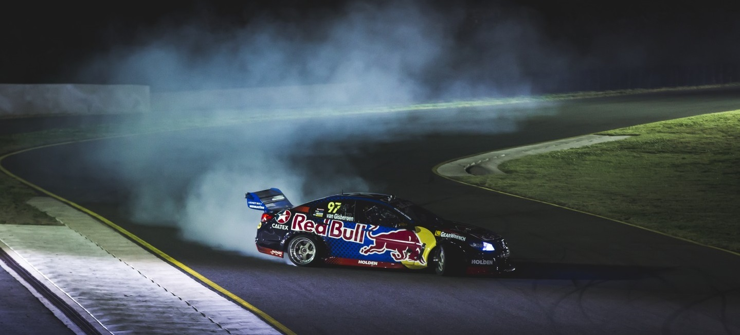 v8-supercars-holden-drift-night-2016-3