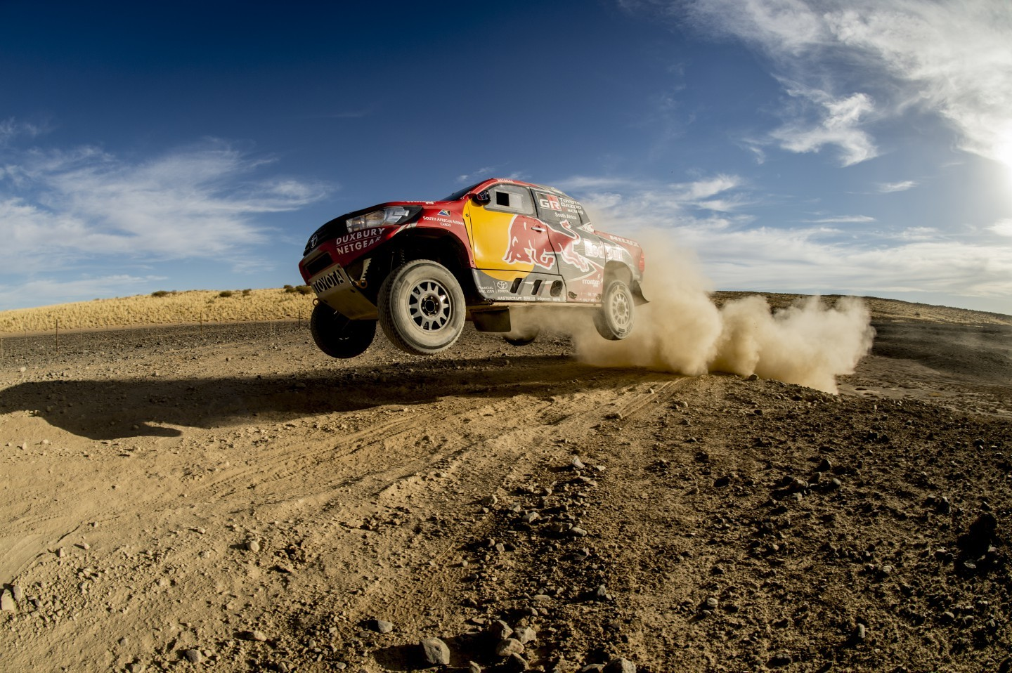 Red-Bull-MINI-Toyota-Dakar-2017