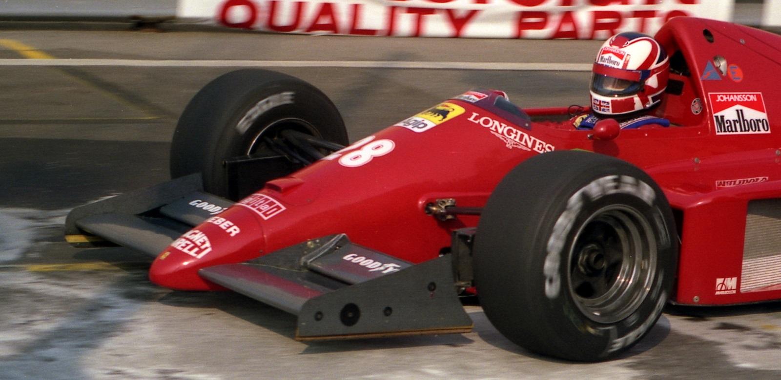 Stefan Johansson 1986 Casco Nigel Mansell