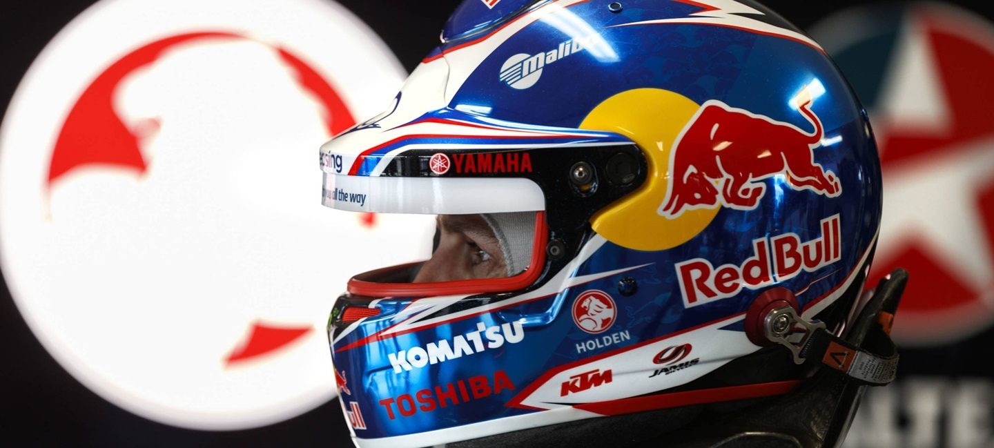 jamie_whincup_f_s_17_17