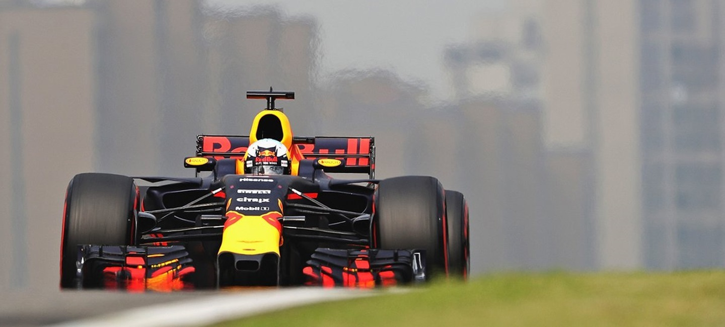Red_Bull_RB13_Ver_Ricc_HM_17_17
