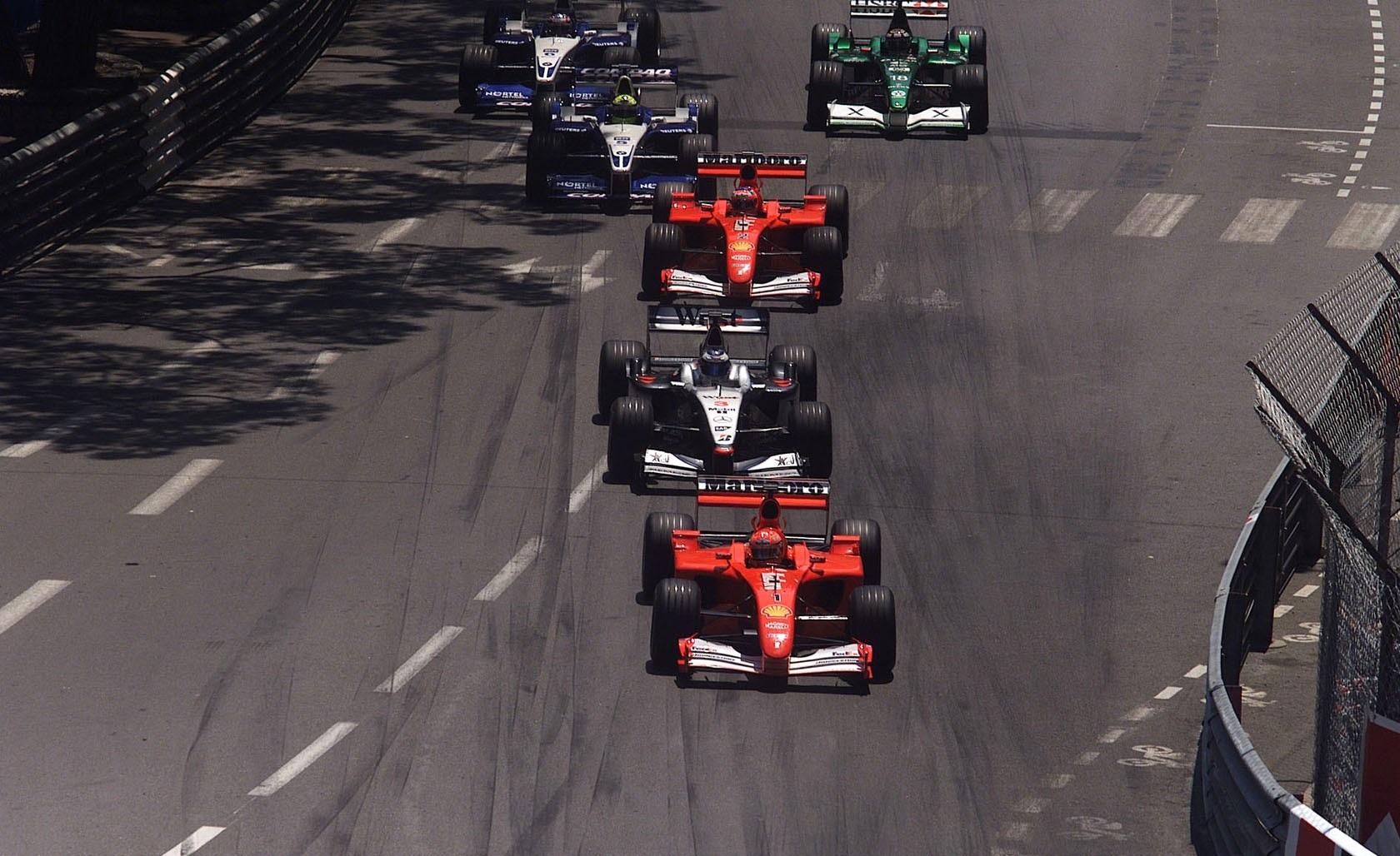 Salida GP Mónaco 2001