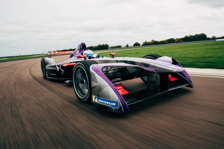 DSV-03-Formula-E-car-in-action_1