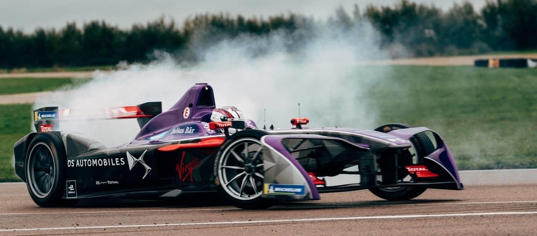 DSV-03-Formula-E-car-in-action_3