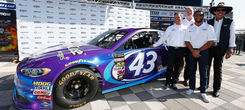 Richard_Petty_Motorsport_Chevrolet_17_18