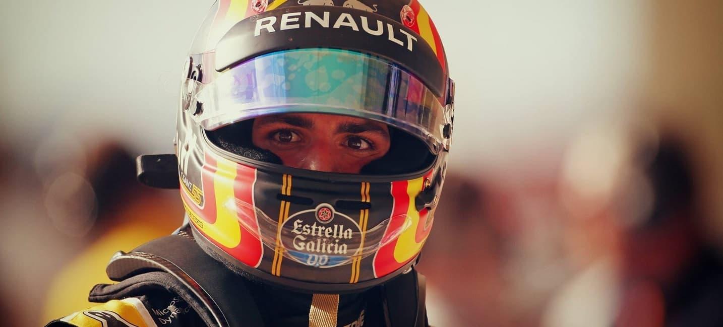 carlos-sainz-renault-sport-f1-team-rallyes