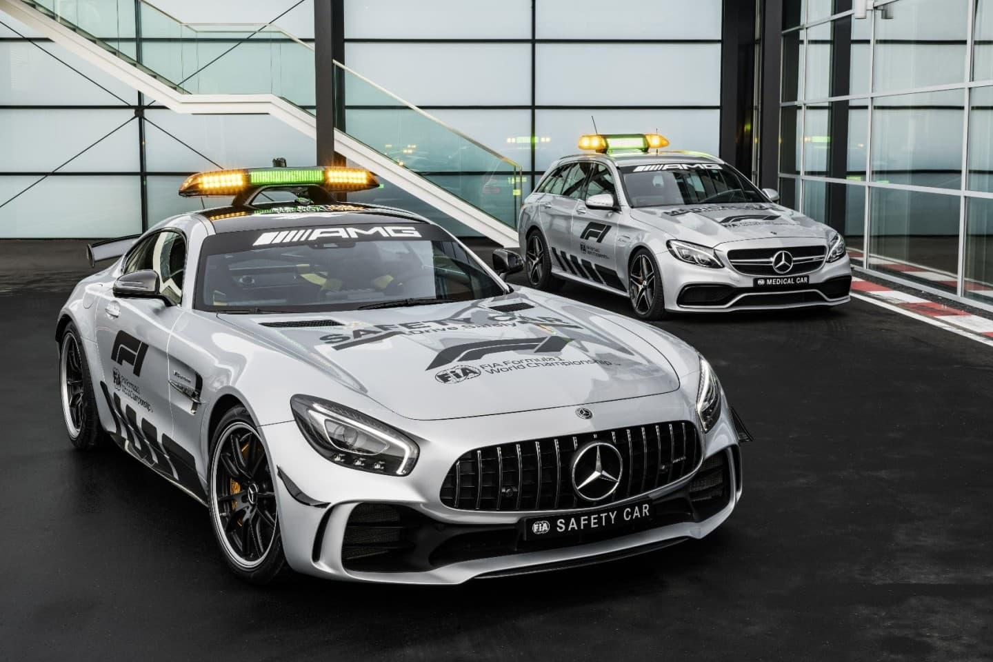 f1_2018_mercedes_amg_gt_r_safety_car_12