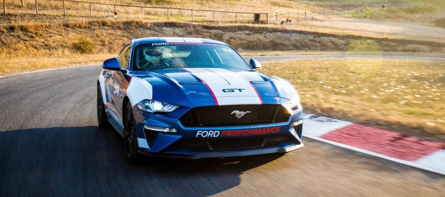 ford_mustang_supercars_2019_1