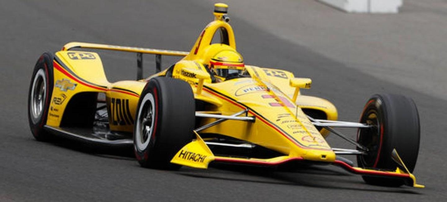 helio_castroneves_indy500_18_19
