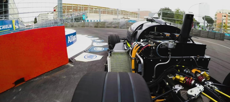ryan-tuerck_-pro-drifter-vs-robocar