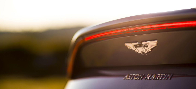 Aston Martin DTM oficial 2018