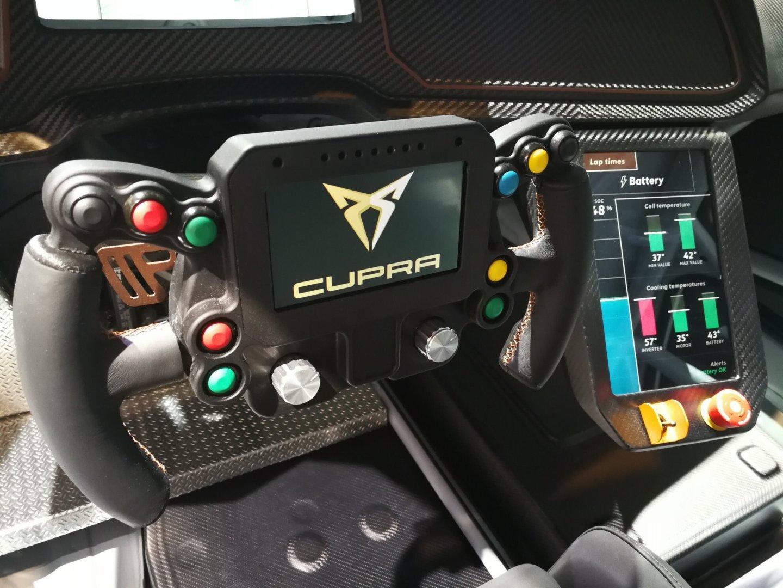 cupraeracercockpit