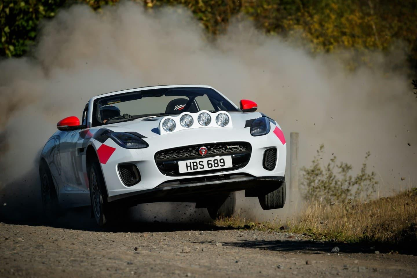 jaguar-f-type-my-rally-special-2018-2