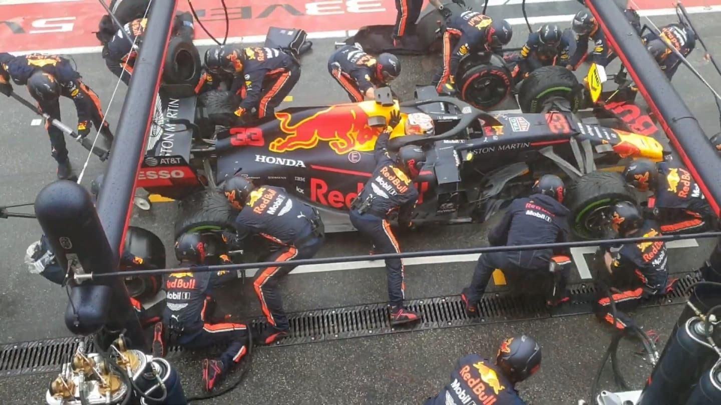 red-bulls-record-breaking-pit-stop-1-88-seconds