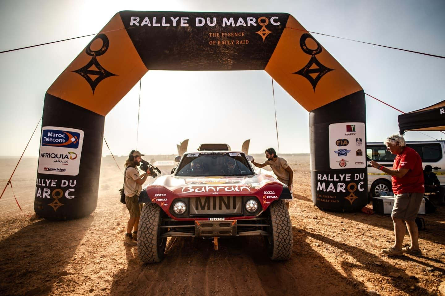 mini-x-raid-2020-dakar-peterhansel-sainz-2
