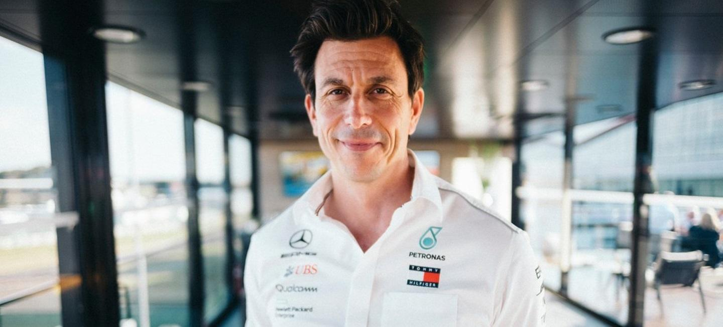 toto_wolff_nf_19_mercedes_amg_f1_19