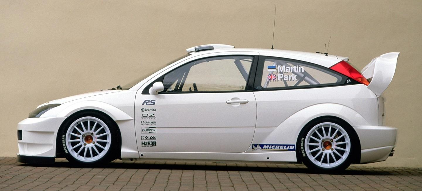 ford_focus_rs_wrc_2003-01