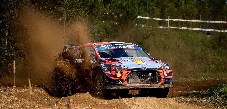 rally-estonia-2020-wrc-control-stop-3