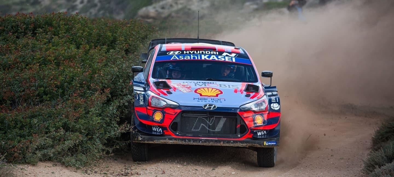 hyundai-motorsport-i20-wrc-2020-cerdena-rally-dani-sordo-1