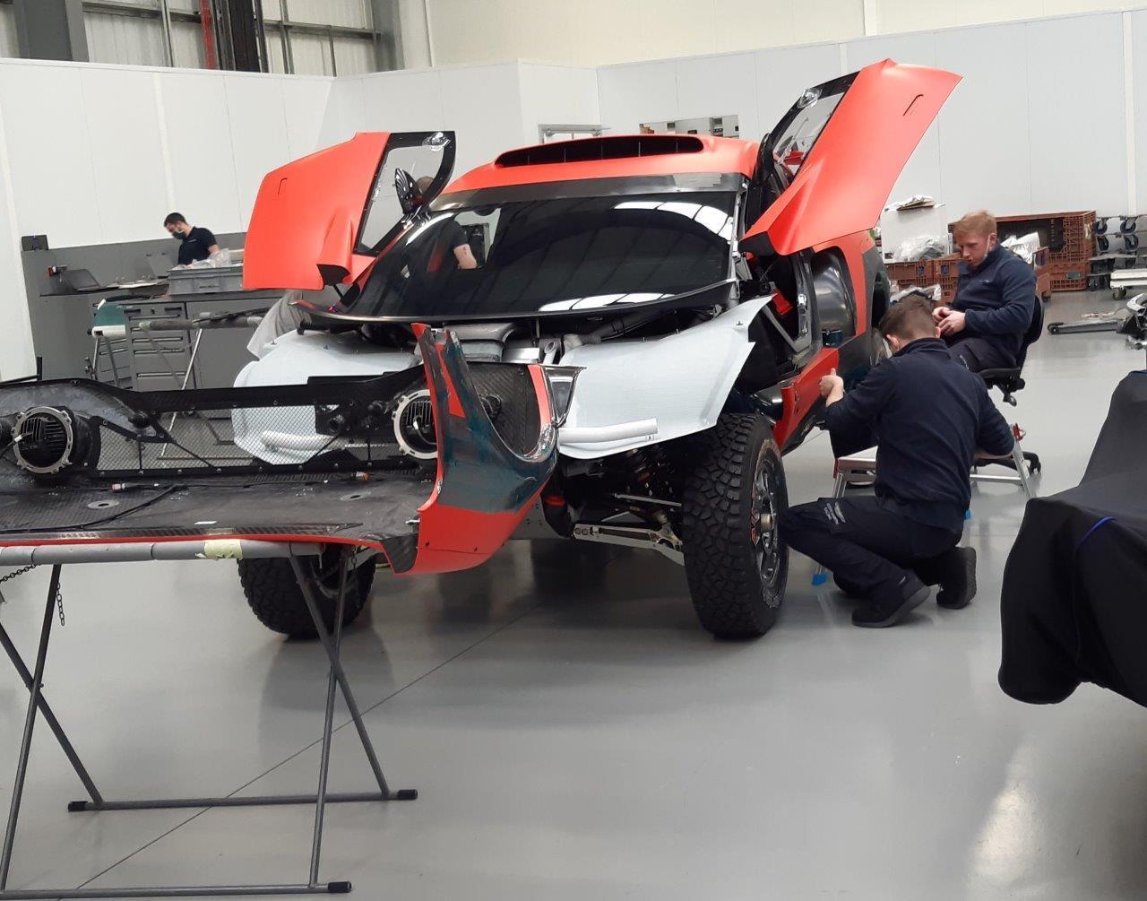 2021 43º Rallye Raid Dakar - Arabia Saudí [3-15 Enero] Bahrain-raid-xtreme-brx-t1-4x4-prodrive-dakar-1