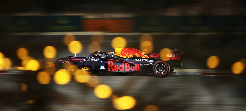 alex-albon-2021-f1-red-bull-racing-2