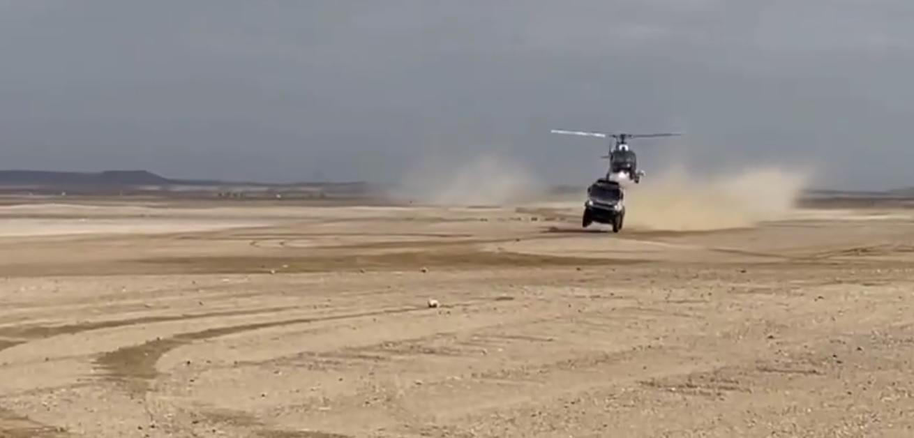 camiones-kamaz-dakar-2021-incidente-helicoptero