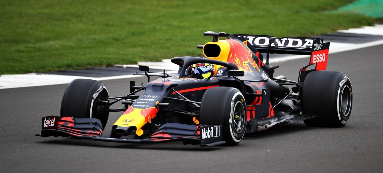 sergio_perez_red_bull_racing_shakedawn_2021_21