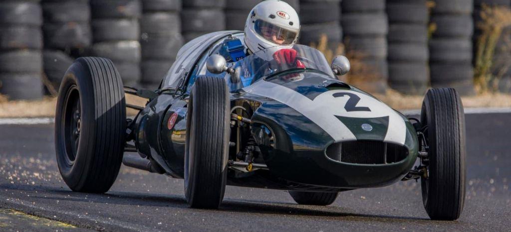 En Competición: Revivimos la edad de oro del automovilismo con el Espíritu del Jarama [Galería]