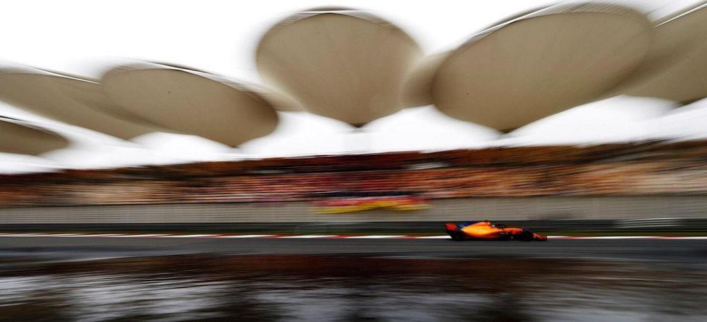 En Competición: Los rebufos no dan la llave de Q3 a McLaren y Fernando Alonso partirá 13º en parrilla