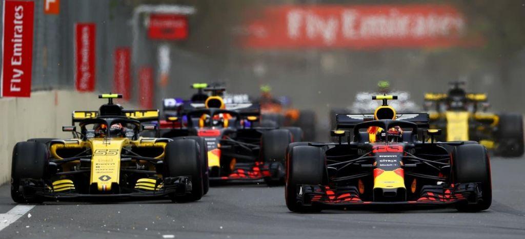 En Competición: Renault quiere quedarse con Carlos Sainz, Red Bull tiene la última palabra