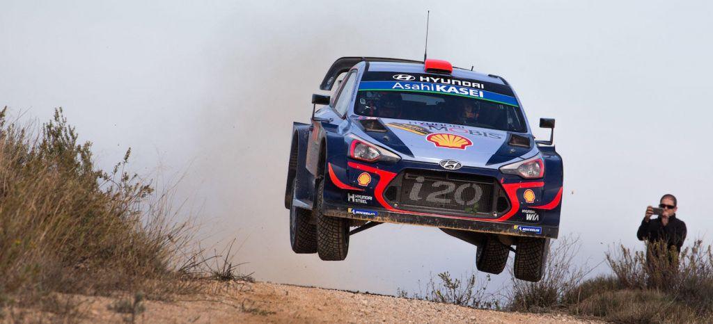 En Competición: Rally de Catalunya 2018: Dani Sordo se sitúa 2º antes de llegar al asfalto