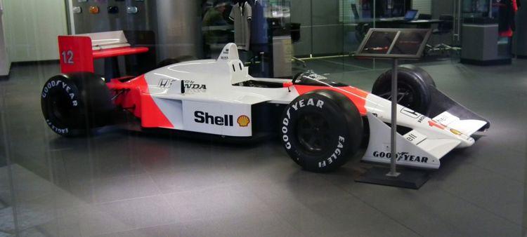 McLaren_MP4_4_Murray_17_17