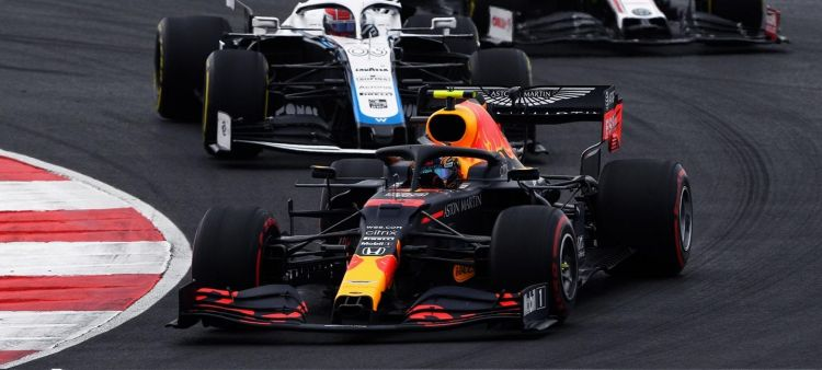 alexander_albon_red_bull_racing_portimao_2020_20