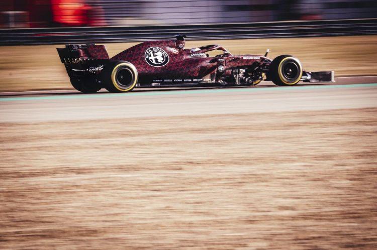 alfa-romeo-racing-2019-f1-decoracion-11