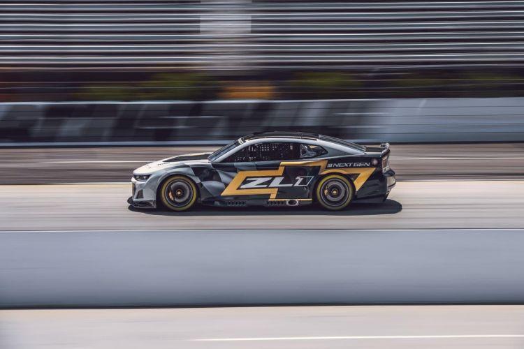 chevrolet-camaro-zl1-racecar-005